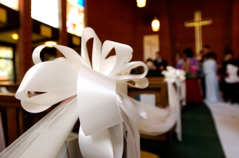 White Bow on Church Pew- MattGeorge.me