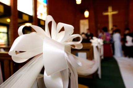 White Bow on Church Pew- MattGeorge.me