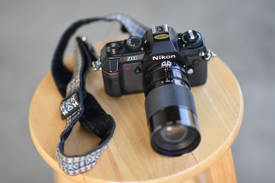 Nikon N2000 Manual Film SLR Camera